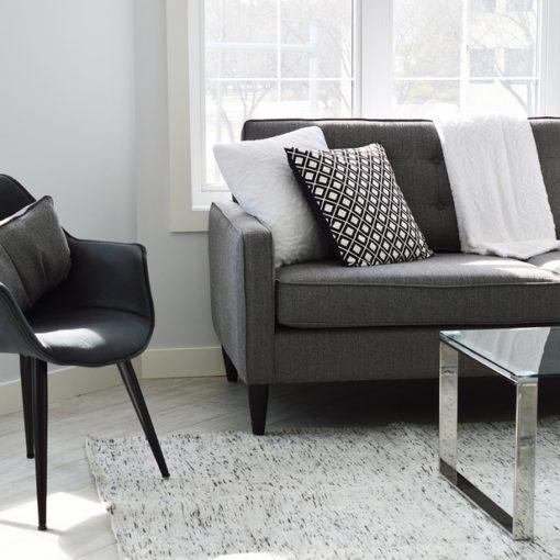 Comment choisir un garde meuble à Lille ?